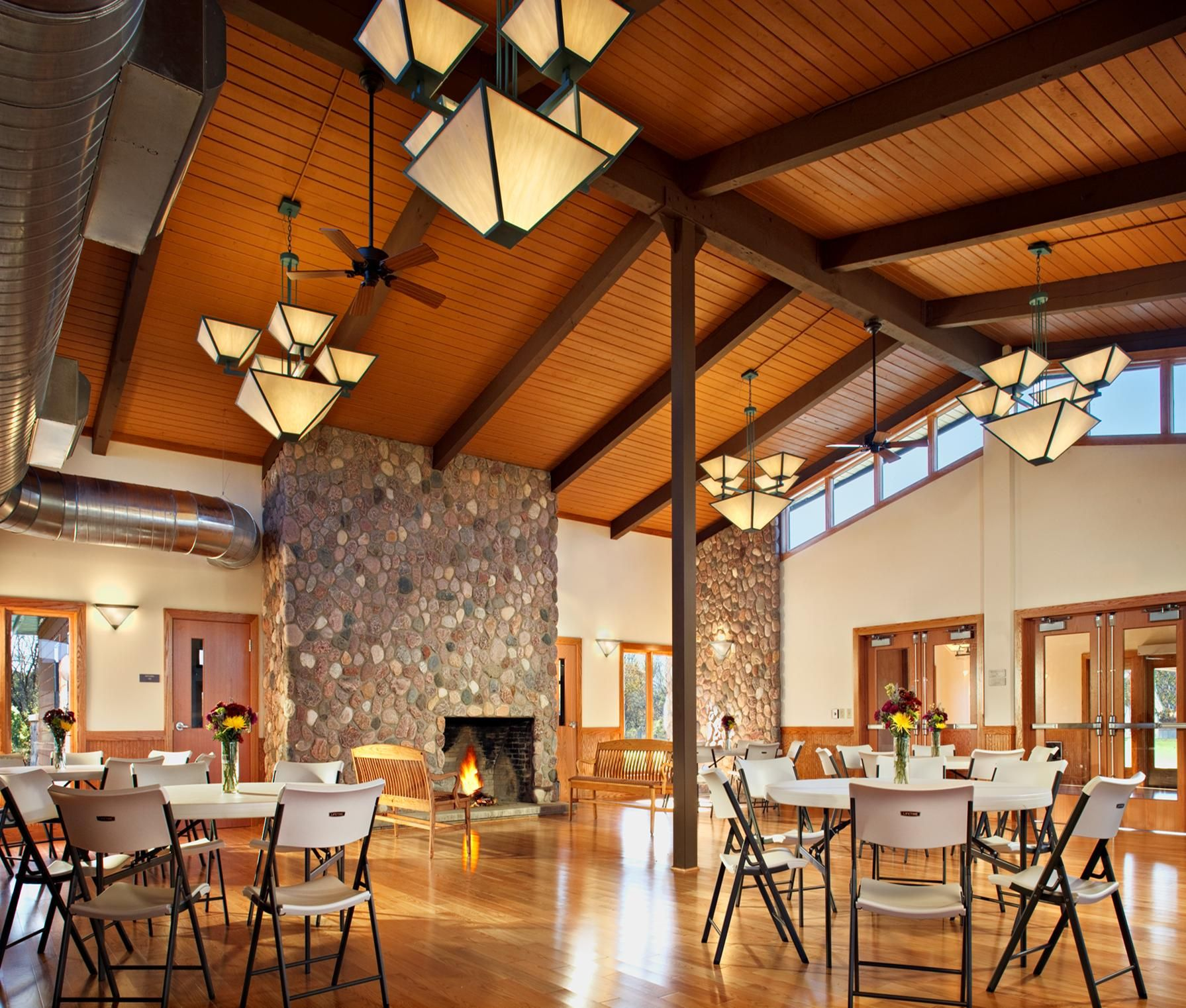 Meadow Hawk Lodge Inside